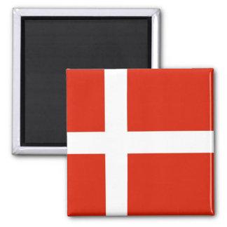 Dannebrog; Die offizielle Flagge von Dänemark Quadratischer Magnet
