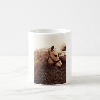 Dappled Pferd und Bus Kaffeetasse