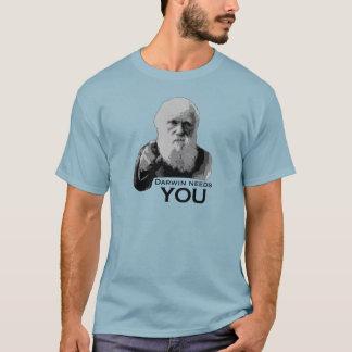 Darwin benötigt Sie! T-Shirt