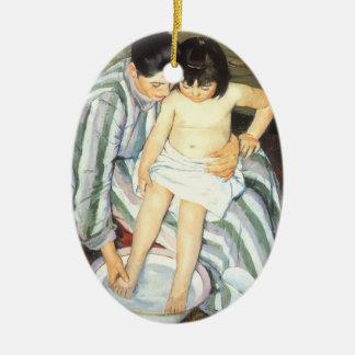 Das Bad des Kindes durch Vintagen Impressionismus Ovales Keramik Ornament