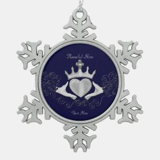 Das Claddagh (Silber) Schneeflocken Zinn-Ornament