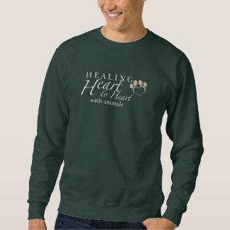 Das dunkle Sweatshirt der Männer