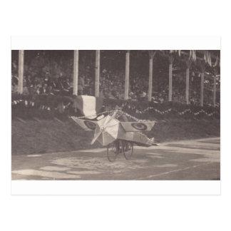 Das Fliegen-Fahrrad Postkarte