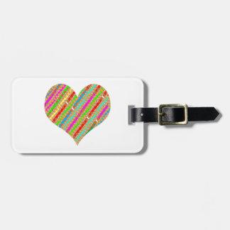Das Herz, das vom Durchschlags-Papier gemacht Gepäckanhänger