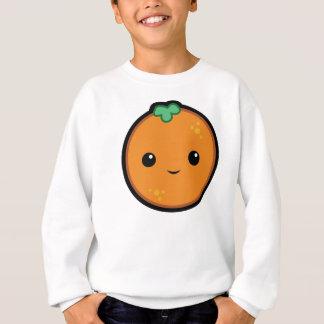 Das orange Sweatshirt des Kindes