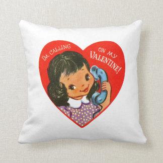 Das Retro Mädchen des Valentinsgrußes Kissen
