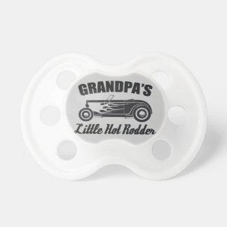 Das Rodder HotRod des Großvaters wenig heißes Schnuller