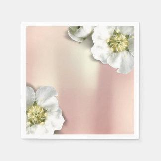 Das rosa metallische Rosen-Gold erröten weißer Papierserviette
