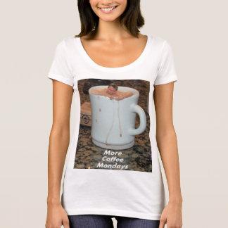 Das Shirt der Frauen nie genügend Kaffee