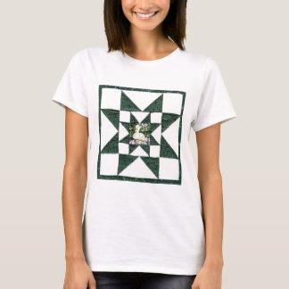 Das Shirt der Steppdecken-Muster-Frauen