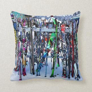 Das Ski-Party - Skis und Polen Kissen