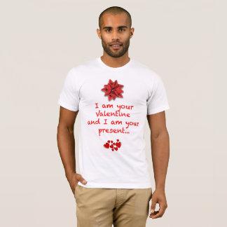 Das T-Shirt des Valentinsgrußes
