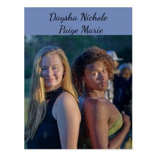 Daysha Nichole u. Paige Marie, Postkarte