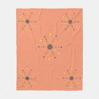 Decke mit den gelben und grauen Strahlen Fleecedecke