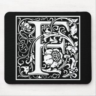 "Dekorative Buchstabe-Initiale ""F"" Mousepads"