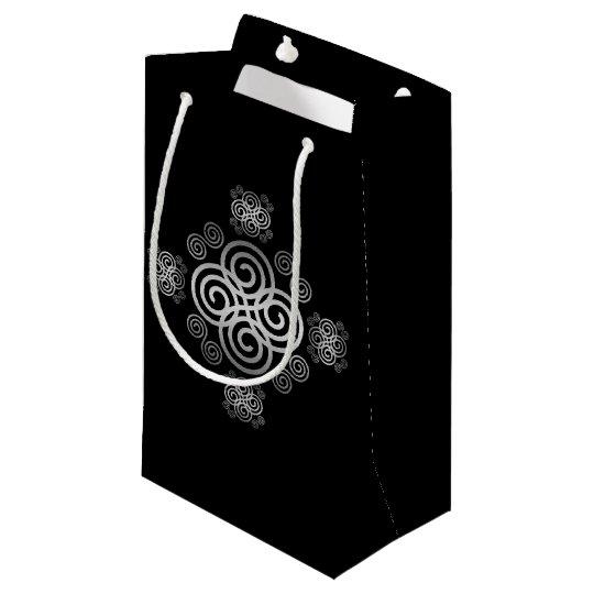 Dekorativer keltischer Entwurf Kleine Geschenktüte