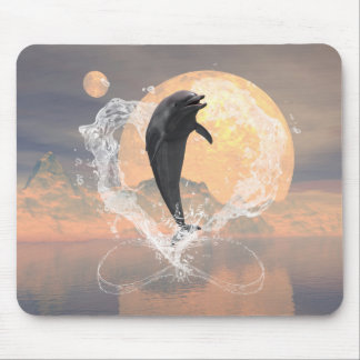Delphinherausspringen eines Herzens gemacht vom Mauspad
