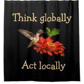 Denken Sie global Taten-am Ort roten Duschvorhang