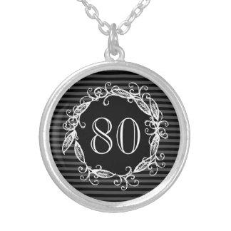 Der 80. Geburtstags-weißes schwarzes graues Halskette Mit Rundem Anhänger