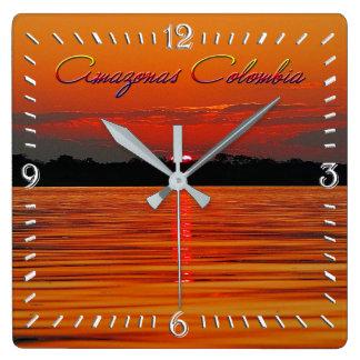 Der Amazonas-Sonnenuntergang-Wanduhr Quadratische Wanduhr