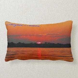 Der Amazonas-Sonnenunterganglumbar-Kissen Lendenkissen