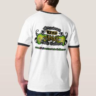 Der amerikanischen gemachten grundlegender der T-Shirt