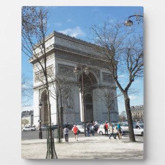 Der Arc de Triomphe, Paris, Frankreich Platte
