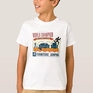 Der Boden ist Lava. Möbel-springender Champion. T-Shirt