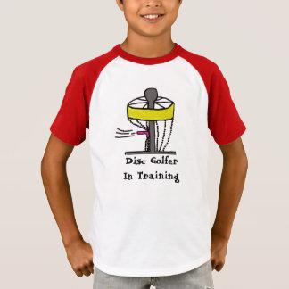 Der Disc-Golfspieler im Training scherzt Shirt