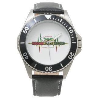 Der Edelstahl-Schwarz-Lederband-Uhr RRR Männer Uhr