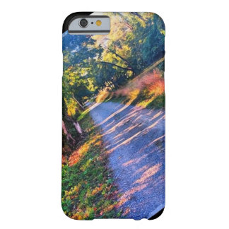 Der Fall des PA-Fall-Wanderers Barely There iPhone 6 Hülle