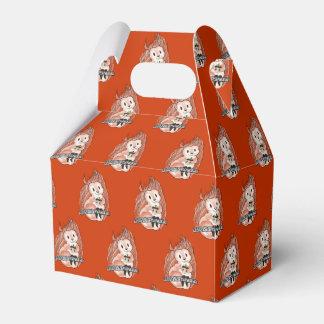 Der Feiertags-Muster des Eichhörnchens auf rotem Geschenkschachtel