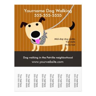 Der Flyer des Hundewanderers mit reißen Umbauten