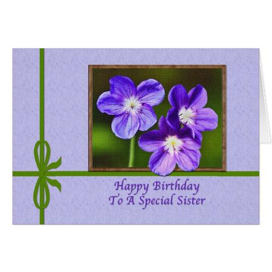 Der Geburtstags-Karte der Schwester mit lila Grußkarte