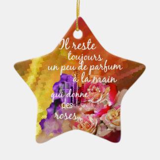 Der Geruch der Rosen bleibt weiterhin in der Hand Keramik Stern-Ornament