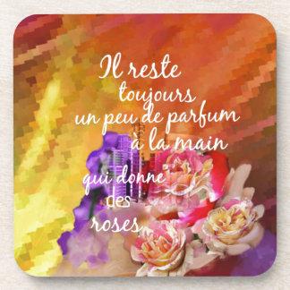 Der Geruch der Rosen bleibt weiterhin in der Hand Untersetzer