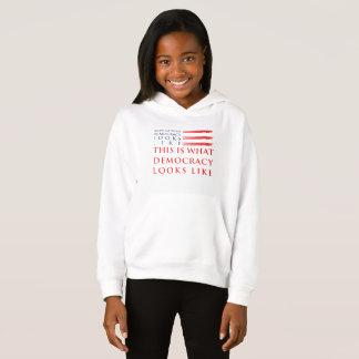 Der Hoodie des Demokratie-Mädchens