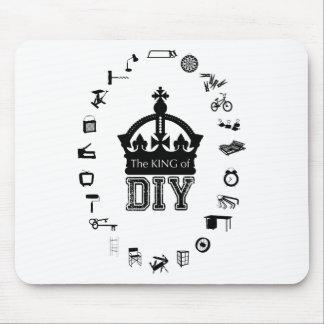 Der König von DIY - gotische Schriften - - Mauspads