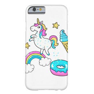 Der lustige Unicorn, der Regenbogen kackt, Barely There iPhone 6 Hülle