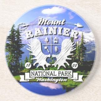 Der Mount- Rainiercamper-Logo Getränkeuntersetzer