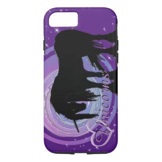 Der mystische schwarze Unicorn-(lila/blaue iPhone 7 Hülle