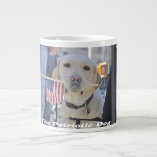 Der patriotische Hund Jumbo-Tasse