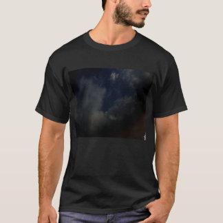 Der rauchige Nippel durch KLM T-Shirt