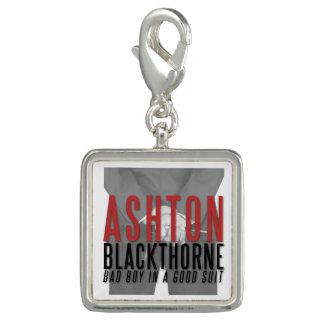 Der reizend Ashton Blackthorne Charme Foto Charms