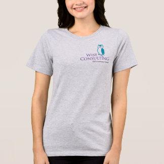 Der Sitz-Jersey-T - Shirt der klugen Frauen
