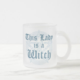 Der Slogan der Hexe und Magick Pentagramm Mattglastasse