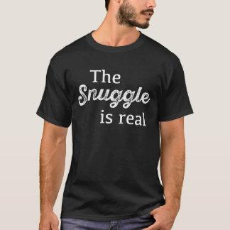 Der Snuggle ist wirkliches lustiges T-Shirt