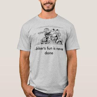 Der Spaß eines Radfahrers ist nie getanes T-Shirt