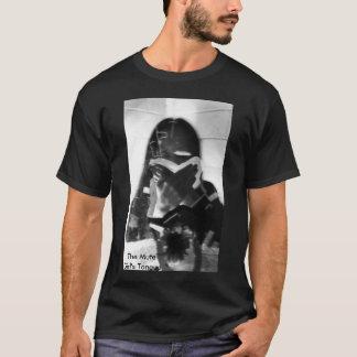 Der stummen die Zunge-T - Shirt des Mädchens