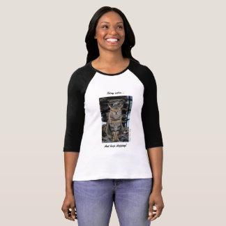 Der T - Shirt der Frauen mit ruhiger Cinque Terre